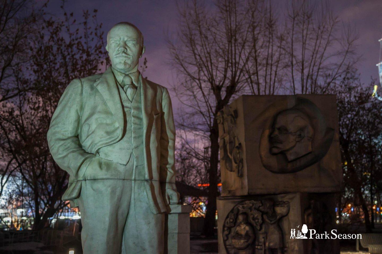 «Аллея вождей», «Музеон», Москва — ParkSeason