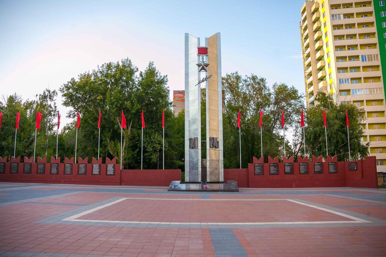 Памятная стела — ParkSeason