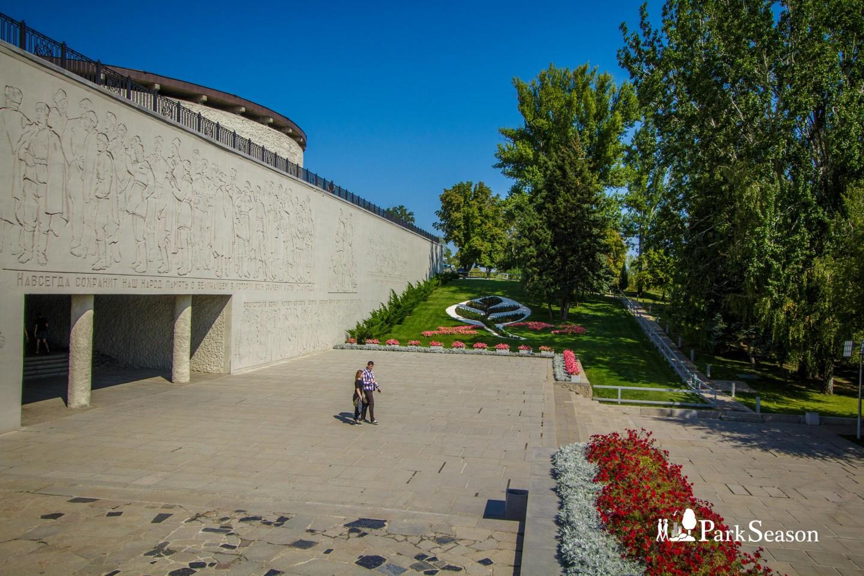 Вход в зал воинской славы — ParkSeason