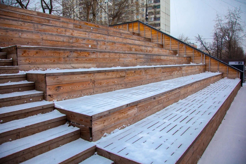 Трибуна, Гончаровский парк, Москва — ParkSeason