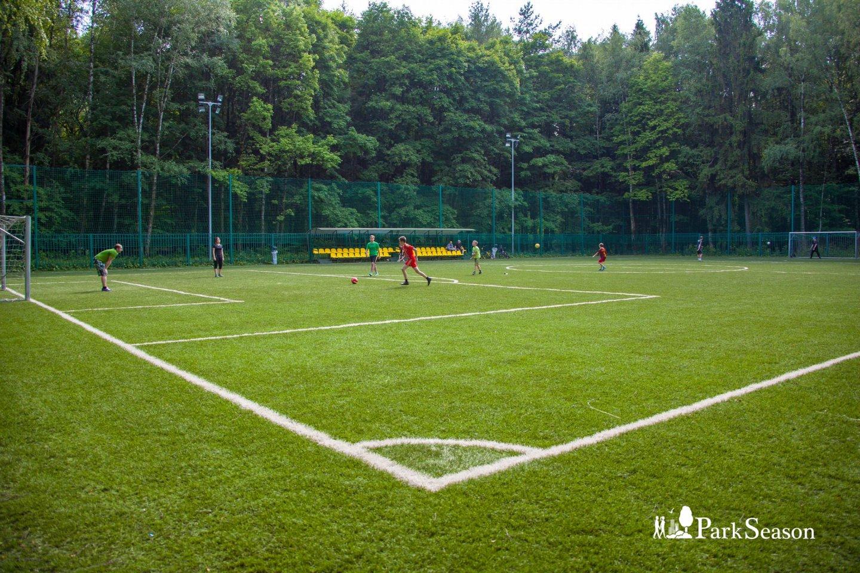Футбольное поле, Парк «Мещерский», Москва — ParkSeason