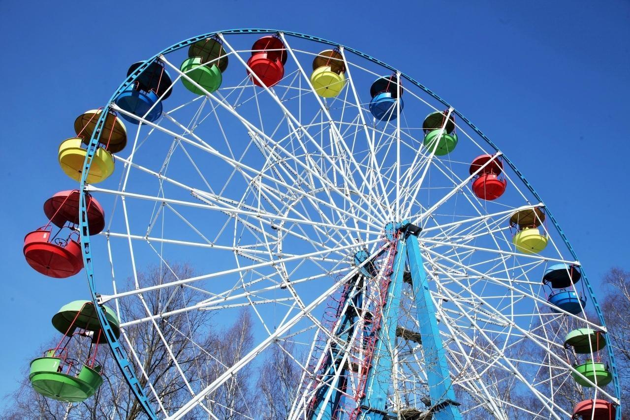 Малое колесо обозрения, Парк «Измайловский», Москва — ParkSeason