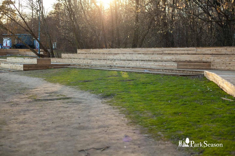 Зона отдыха у воды, Парк «Кузьминки», Москва — ParkSeason