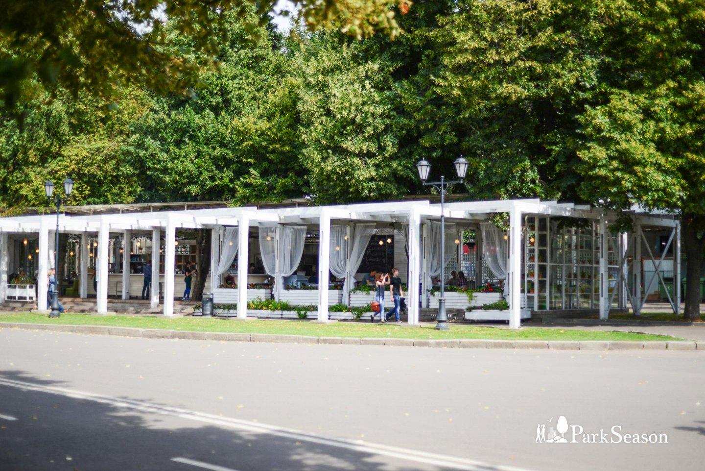 Кафе «Теплица», Нескучный сад, Москва — ParkSeason