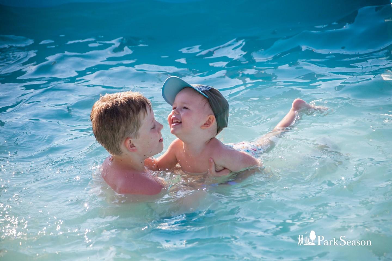 Открытый пантонный бассейн  (закрыт до следующего сезона) — ParkSeason