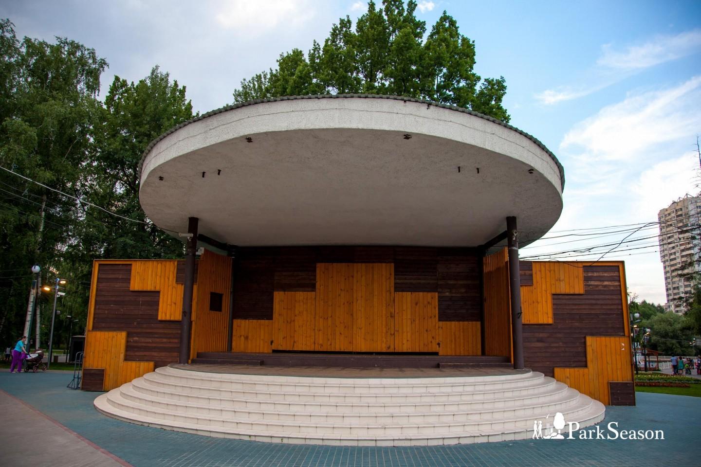 Эстрада, Лианозовский парк, Москва — ParkSeason