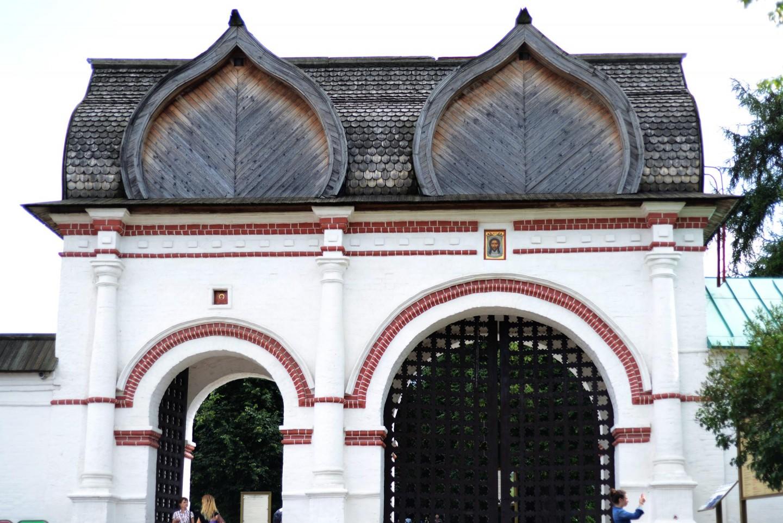 Ворота белокаменные, Усадьба «Коломенское», Москва — ParkSeason