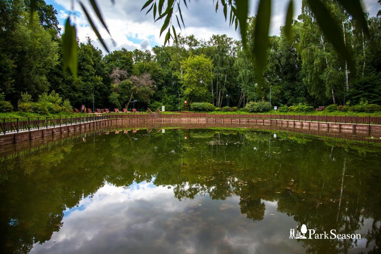 Майский пруд, Парк «Сокольники», Москва — ParkSeason
