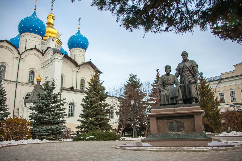 Памятник «Зодчим Казанского Кремля» — ParkSeason