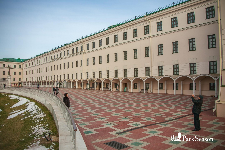 Юнкерское училище/Музейный комплекс «Хэзинэ» — ParkSeason