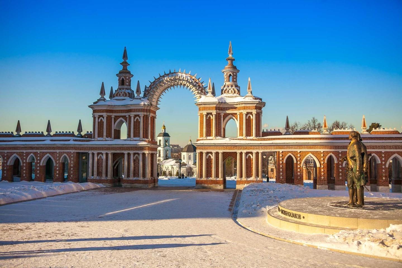 Галерея со створчатыми воротами, Музей-заповедник «Царицыно», Москва — ParkSeason