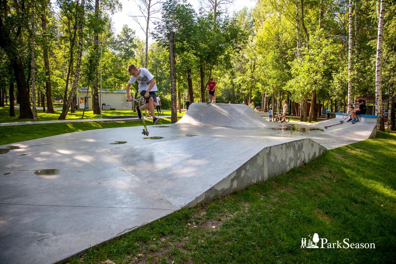Скейт-парк, Лианозовский парк, Москва — ParkSeason