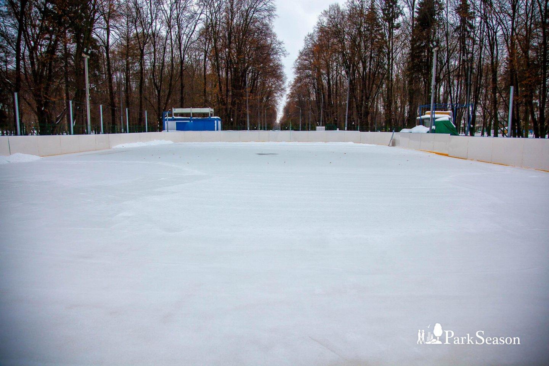 Каток в парке Северного речного вокзала, Парк Северного речного вокзала, Москва — ParkSeason