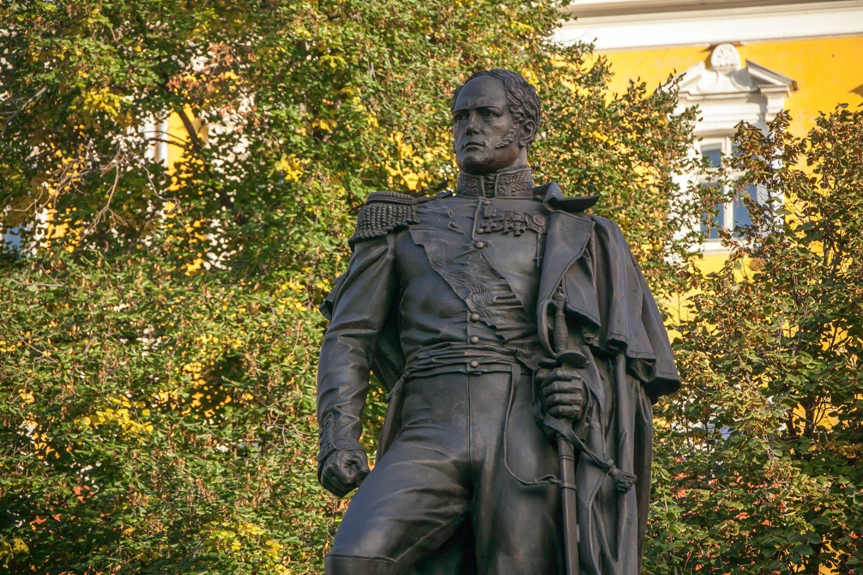 Памятник Александру I — ParkSeason
