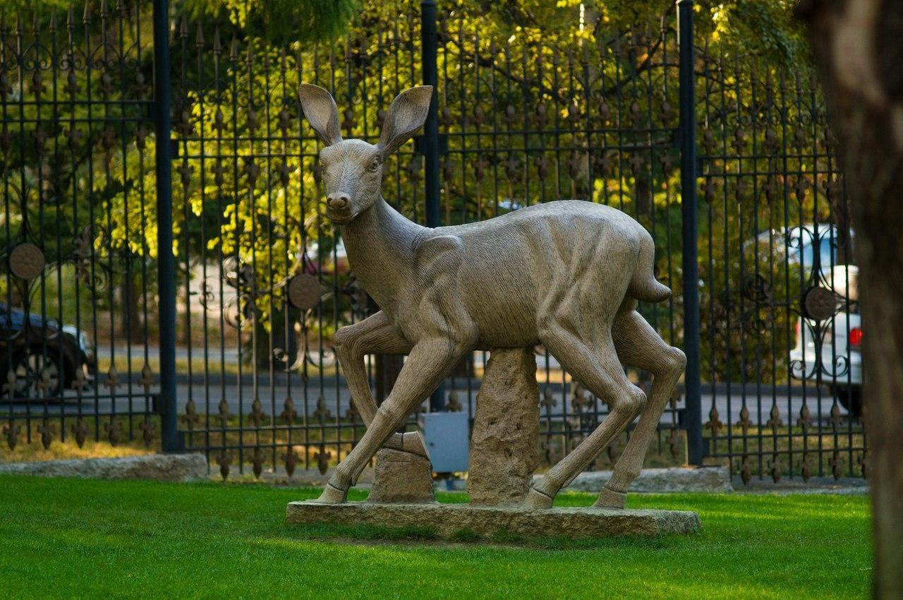 Скульптура косули — ParkSeason