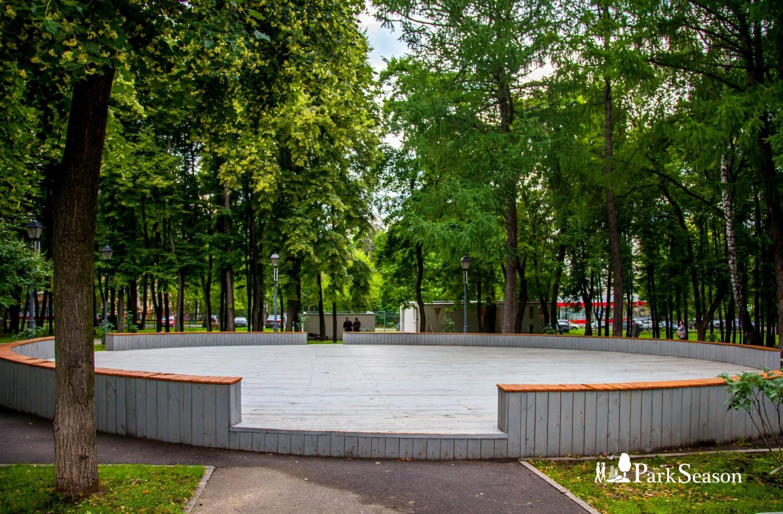 Танцевальная площадка, Парк «Бабушкинский», Москва — ParkSeason