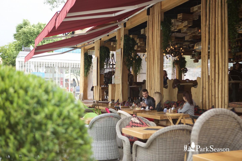 Ресторан и маркет FOOOD-Bazar, Сад «Эрмитаж», Москва — ParkSeason