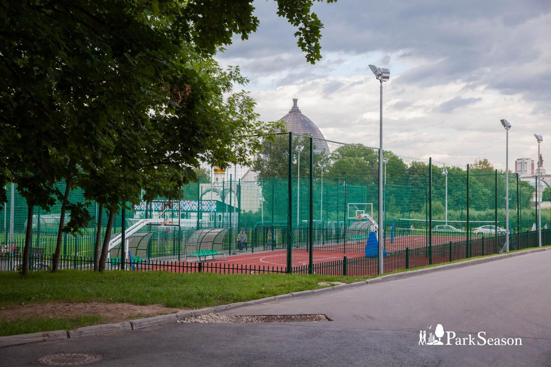 Баскетбольная площадка, ВДНХ, Москва — ParkSeason