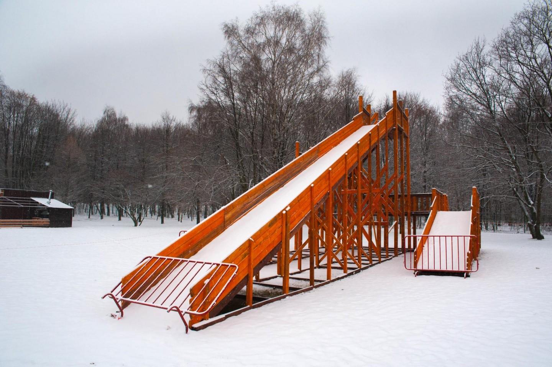 Горка, Парк «Кузьминки», Москва — ParkSeason