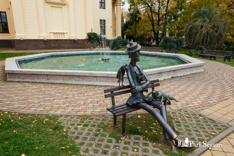 Памятник фотографу Гоге — ParkSeason
