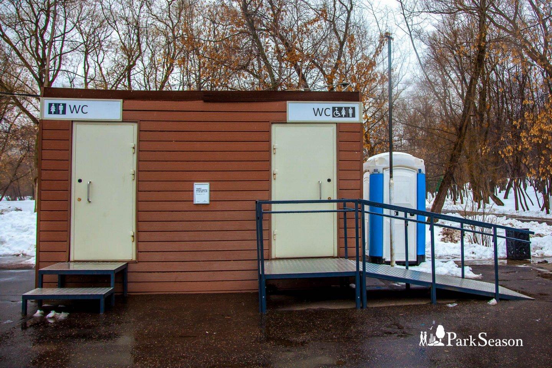Туалет, Усадьба «Лефортово», Москва — ParkSeason