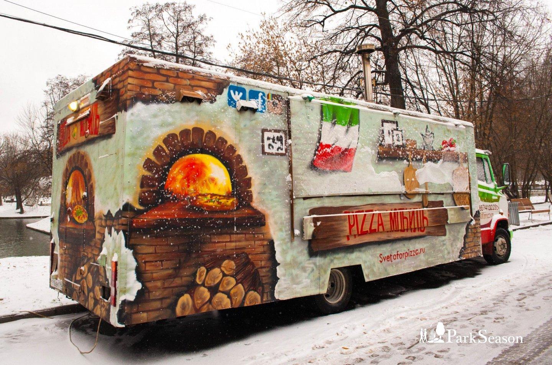 Фудтрак «Pizza мобиль», Парк «Красная Пресня», Москва — ParkSeason
