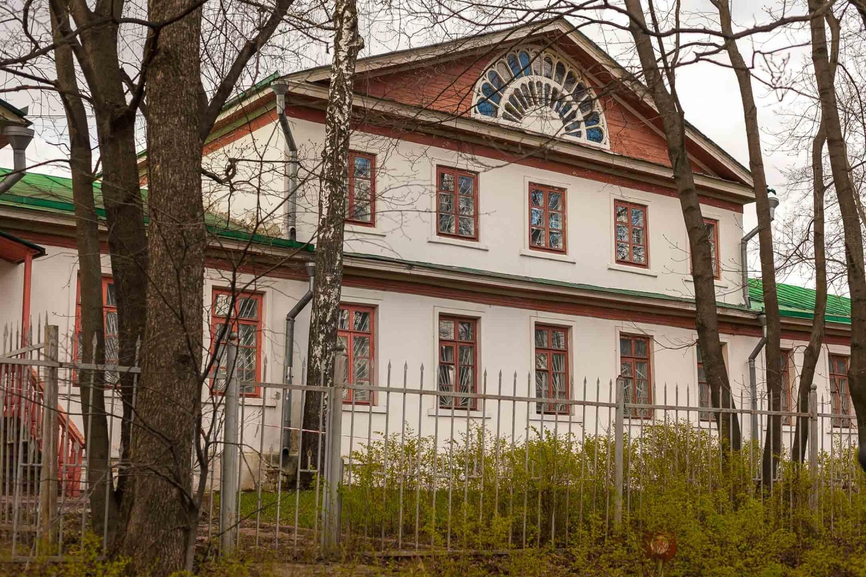 Больница на Слободке, Парк «Кузьминки», Москва — ParkSeason