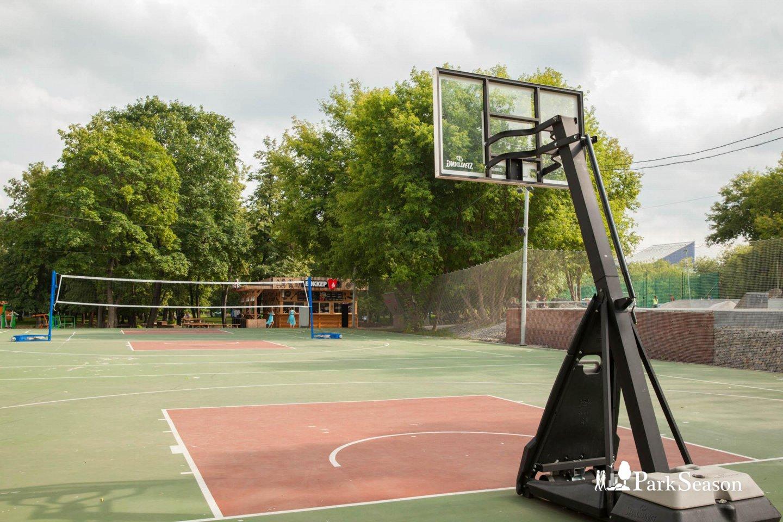 Баскетбольная площадка (Временно закрыта) — ParkSeason