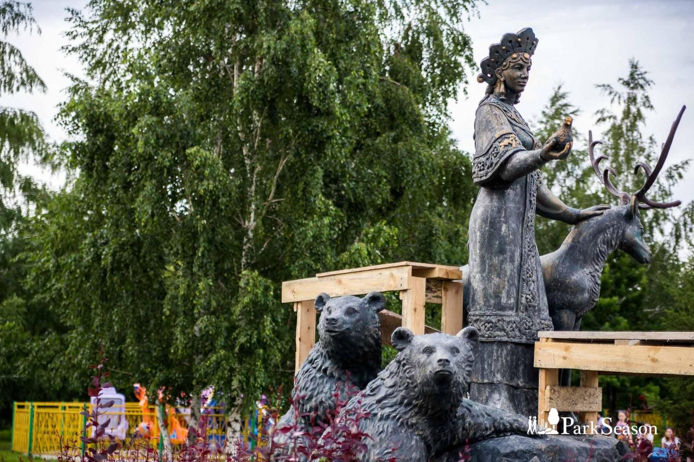 Скульптура «Хозяйка медной горы» — ParkSeason