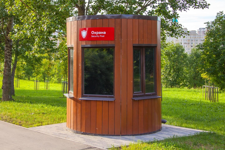 Посты охраны, Парк Олимпийской деревни, Москва — ParkSeason