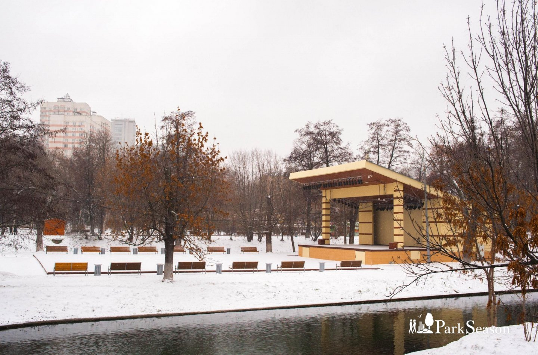 Сцена, Парк «Красная Пресня», Москва — ParkSeason