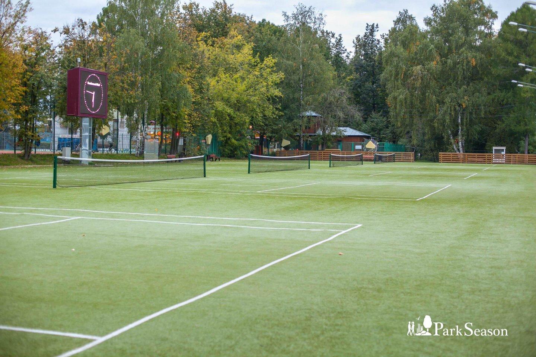 Теннисные корты (лето) — ParkSeason