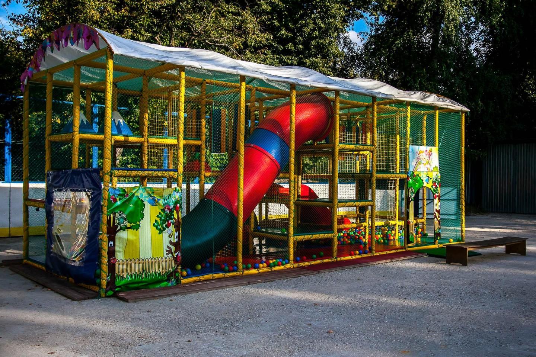 Батутный городок, Парк «Березовая роща», Москва — ParkSeason