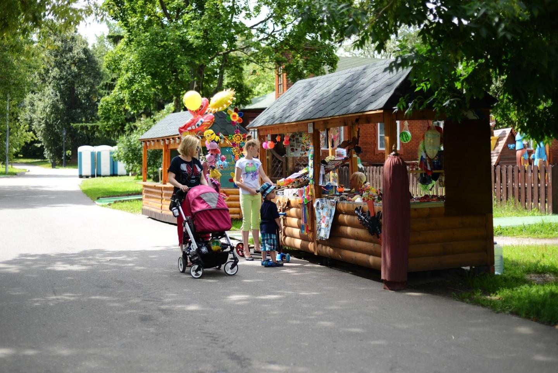 Киоск с детскими игрушками, Усадьба «Коломенское», Москва — ParkSeason