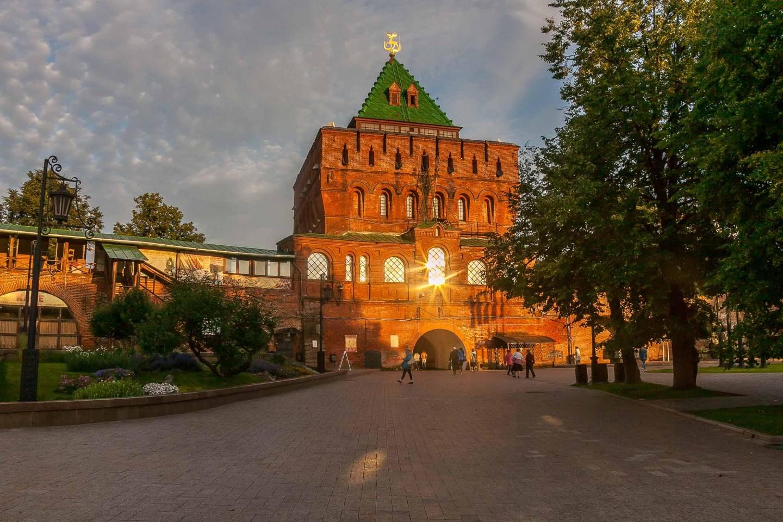 Дмитриевская башня — ParkSeason