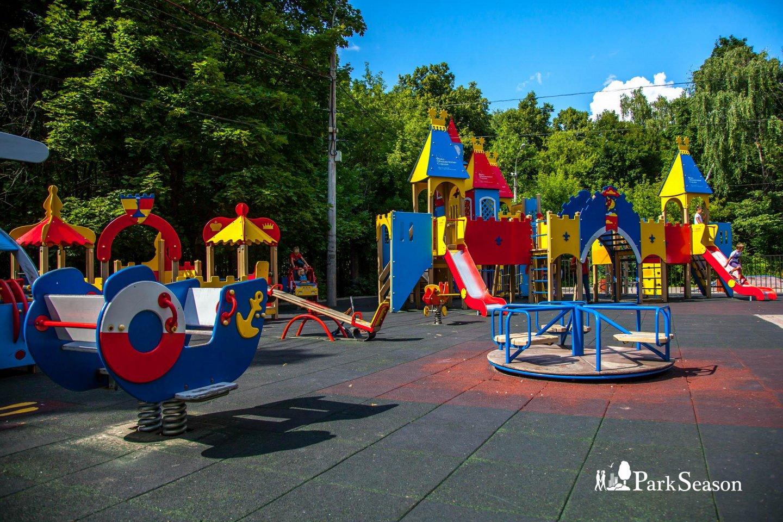 Детская площадка, Парк «Сокольники», Москва — ParkSeason