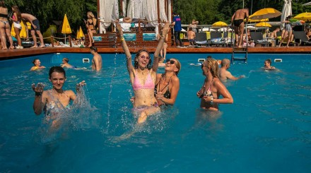 Открытые бассейны в Москве: лето-2020