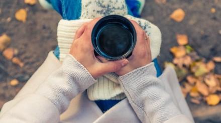 Греемся в парке «Сокольники»: где искать вкусный чай и кофе