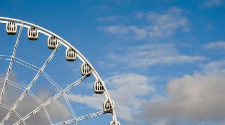 Тематические парки в Санкт-Петербурге: чье это будущее и как оно изменит город?