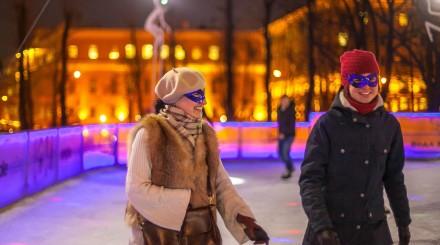 Куда нужно успеть до начала весны: парижская выставка, ночь на катках и медвежий праздник
