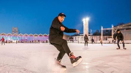 Где бесплатно кататься на коньках в Москве: обзор ParkSeason