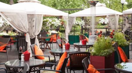 Где поесть в Парке Горького и «Музеоне»: 16 кафе и ресторанов
