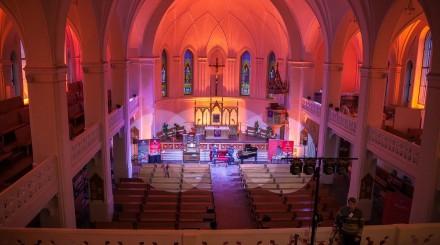 Необычные концерты этой недели: таинственные оранжереи и соборы