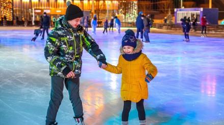 Катки в парках: где покататься в Москве?