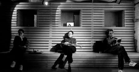 «Дождь в Нойкёльне»: пьеса об одиночестве в мегаполисе