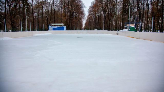Каток в парке Северного речного вокзала (закрыт на лето)