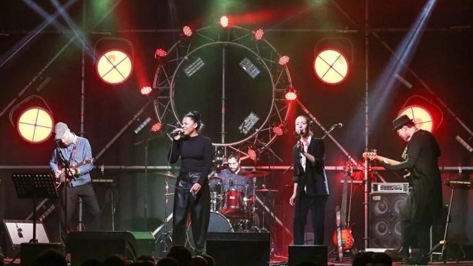 Концерт Simple Music Ensemble в Автомузее: музыка System of A Down