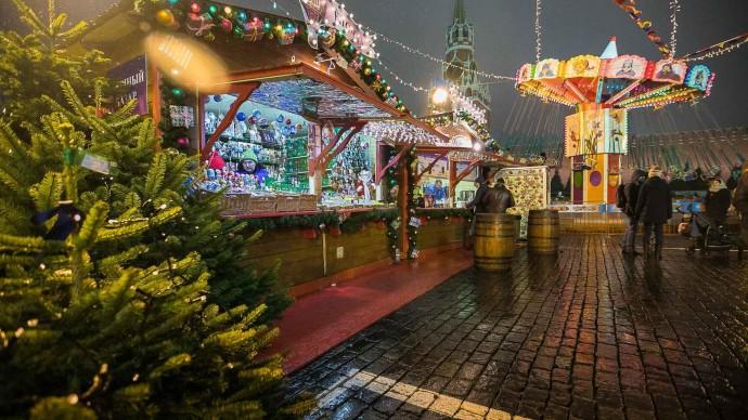 Каток и новогодняя ярмарка на Красной площади откроются 29 ноября