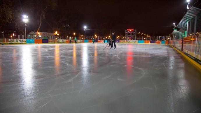 В «Фактории» можно будет бесплатно прокатиться на коньках и послушать Аигел