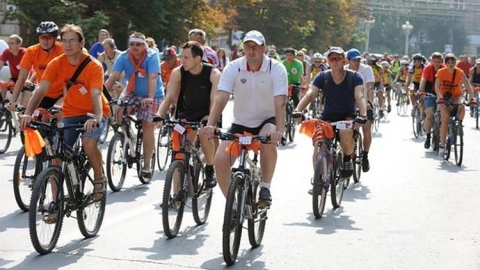 На улице города проедет две тысячи велосипедистов